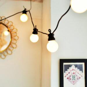 lampki żarówki ciepłe na sznurze kablu girlanda świetlna duże kule