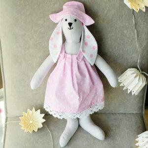 Maskotka bawełniana hand made króliczek w różowej sukience