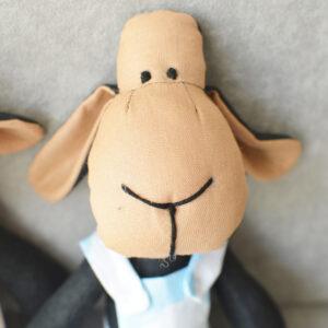 czarna owca z bawełny hand made ręcznie robiona