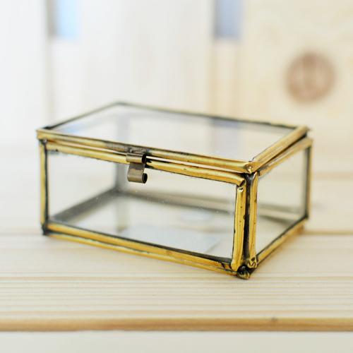 szkatulka-na-obraczki-vintage-stare-zloto